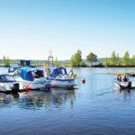 Båtlivet har vaknat på Fagerviks båtklubb.