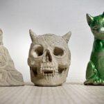Gjutna i betong fö lååååång hållbarhet. Vad sägs om en Buddha eller ett djävulskranium eller för den delen en katt?