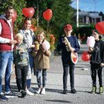 Familjen Andersson och Ersbacken lät sig gärna smaka av både popcorn och sockervadd.